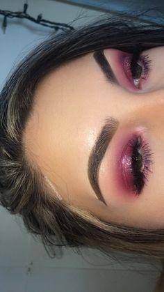 Eye Makeup Tips.Smokey Eye Makeup Tips - For a Catchy and Impressive Look Eye Makeup, Prom Makeup, Makeup Kit, Makeup Inspo, Beauty Makeup, Barbie Makeup, Gorgeous Makeup, Pretty Makeup, Pink Tumblr