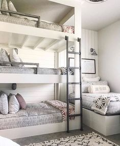 Ok everyone loves a good bunk room.and did an amazing job with this 4 bed bedroom! Decor Style Home Decor Style Decor Tips Maintenance Cute Bedroom Ideas, Cute Room Decor, Room Ideas Bedroom, Awesome Bedrooms, Cool Rooms, Bedroom Decor, Amazing Bunk Beds, Small Rooms, Kids Decor