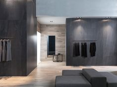 XLIGHT Premium Aged Dark   - #URBATEK #PORCELANOSA - Gres porcelánico de fino espesor #precious #stones #marble #porcelain #tile #porcelaintiles #floors #ceramics #design #architecture #dark #grey #bathroom #krion #noken #lounge