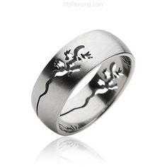 Men's 316L Lizard Carved Surgical Steel Ring #mspiercing #piercings