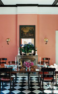 A look at 30 dining rooms in room for Most beautiful dining rooms