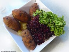 Gudrun von Mödling – Kochen und Backen Gudrun, Chicken Wings, Baked Potato, Food And Drink, Potatoes, Meat, Baking, Ethnic Recipes, Goulash