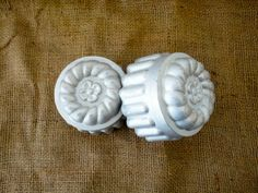 Baking molds // jello molds country kitchen early by KimBuilt, $16.00