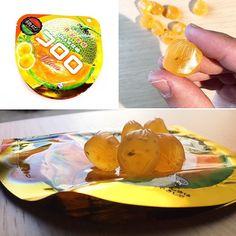 Cororo  Con jugo de melón  cantalupo.  Para disfrutar de la textura melosa como si se derritiera en tu boca del melón cantalupo.  Con semillas Hemp.  Desde caja  Samurai   www.boxfromjapan.com  #boxfromjapan #bfjfebrero #hemp #cantalupo