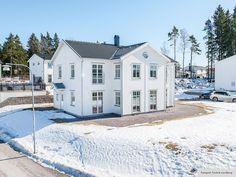 Hudson - Storslaget hus i serien Ocean Living från Myresjöhus European House, New England, Ocean, Mansions, House Styles, Interior, Outdoor, House Architecture, Inspiration