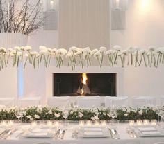 Create a dramatic look with a #Winter white #wedding theme
