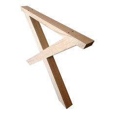 Disse stilfulde bordben udformet som en trapez er et virkelig populært vælg når der skal købes nye bordben til dit spisebord eller plankebord. Skagen, Furnitures, Poker, Tables, Woodworking, Homemade, Home Decor, Dinning Table, Rustic Table