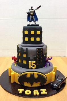 Homemade Batman Cake Ideas That Look Great - Novelty Birthday Cakes Batman Birthday Cakes, Novelty Birthday Cakes, Batman Party, Boy Birthday, Cake Birthday, Batman 2, Lego Batman Cakes, Birthday Ideas, Fondant Cakes