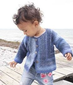 91d3ac4914c0 7 Adorable Baby Cardigan Knitting Patterns (Free!)