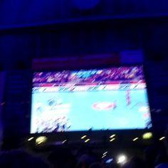 @dhb_teams ist #EUROPAMEISTER!!!!!! GEIL!!!!! #GERESP #ehfeuro2016 #Handball #aufgehtsDHB  #HandballEM #dhbteam #handballbahnhof #Kultur #jubel #Champion #european #jaaaaa #Deutschland #KIEL