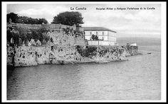 Cuando aún no se había rellenado hasta el Castillo de San Antón  (Foto de Javier Fuentes en Google+)