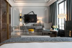 The Nolinski Paris Hotel features Créations Métaphores Jean-Louis Deniot chose the #Lagune, artisanal dyeing on a base of Saint Germain velvet, and the #Cambon, Linen, heavy, rounded material, to furnish their amazing suites. © GdeLaubier ® Jean-Louis Deniot