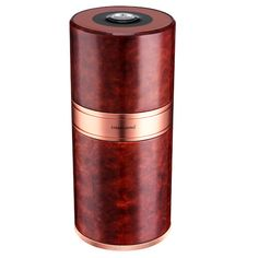 This luxury marble-style Aluminium Cigar Tube keeps 7 different cigars extremely well thanks to its state-of-the-art system. Moreover with its aluminium alloy lining it is very resistant. Material : Aluminium Alloy Size: 200x90 millimetres Capacity : 7 cigars 1 hygrometer, 1 humidifier High impact resistance High quality conservation Better protection of aromas FREE SECURE DELIVERY Cigar Tube, Cri, Humidifier, Aluminium Alloy, Cigars, Conservation, Delivery, Luxury, Style