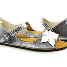 Alma en Pena Beaded Toe Post Sandals