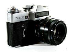 VINTAGE ZENIT-E SLR CAMERA + RUSSIAN HELIOS LENS 44-2 + LEATHER CASE GOOD