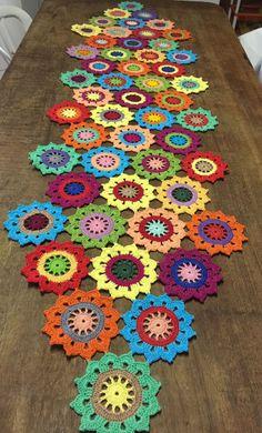 Best 12 Lil Cute Crochet Flowers pattern by Diva Stitches Crochet – SkillOfKing. Crochet Doily Rug, Crochet Mandala Pattern, Crochet Curtains, Crochet Flower Patterns, Crochet Tablecloth, Crochet Home, Crochet Designs, Crochet Crafts, Crochet Flowers