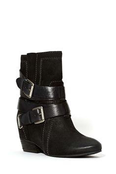 Naya Rough and Tumble Boot | Shop Boots at Nasty Gal