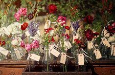 vase escort cards