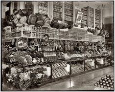 Neumann, Broadway Market, Detroit, Michigan, Bw Photo by Detroit Publishing Co. Old Pictures, Old Photos, Vintage Photographs, Vintage Photos, Yosemite National Park, National Parks, Broadway, Old Country Stores, Gastronomia