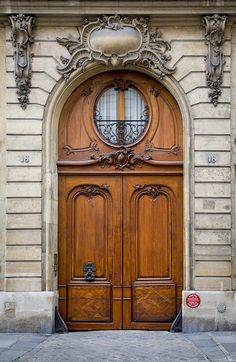 Wooden doors in Saint-Germain-des-Pres, Paris France. © Brian Jannsen Photography The best way to create St Germain Des Pres, Saint Germain, Porches, Cool Doors, Unique Doors, Entrance Doors, Doorway, Porte Cochere, Classic Doors