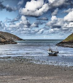 Abercastle bay, Pembrokeshire, Wales by Richard Laurence on 500px