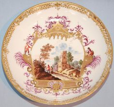 18th Century Meissen Porcelain Saucer. About 1740, european-inspired motifs and scenes from de contemporary painting were introduced in the Meissen porcelain