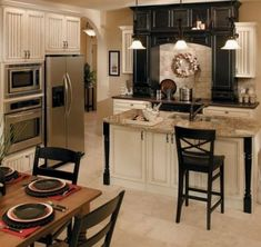 Fieldstone black white kitchen cabinets – Home Design Kitchen Cabinets Pictures, Black Kitchen Cabinets, Kitchen Cabinet Styles, Black Kitchens, Home Kitchens, Kitchen Ideas, White Cabinets, Cream Cabinets, Kitchen Layout