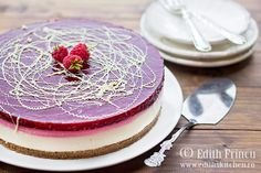 Cheesecake cu zmeura, un cheesecake la rece, rapid si racoros, cu blat de biscuiti si unt, crema de branza si jeleu de zmeura No Bake Cheesecake, Raspberry Cheesecake, Edith's Kitchen, Cheesecakes, Panna Cotta, Baking, Ethnic Recipes, Desserts, Food