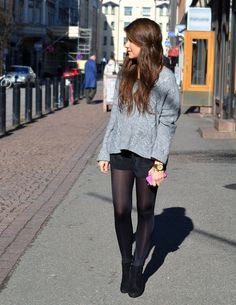 Sweater+shorts+tights