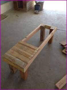 With all the wood cut, I sanded everything down with … – Pallet Ideas – Pallet Bench Outdoor Pallet Projects, Wood Projects, Pallet Ideas, Router Projects, Easy Woodworking Projects, Woodworking Classes, Pallet Furniture Designs, Diy Furniture, Furniture Stores