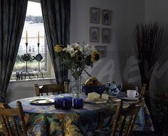 90s living room