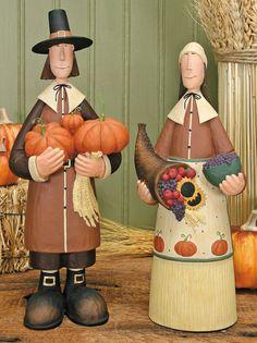 Pilgrim Couple Set Of 2 - Harvest Folk Art Figurines & Thanksgiving Collectibles – Williraye Studio $60.00