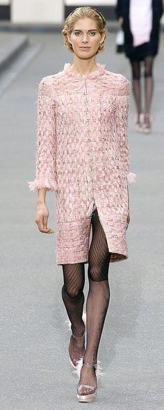 Chanel Spring-summer 2009 - Ready-to-Wear - http://www.orientpalms.com/chanel-778