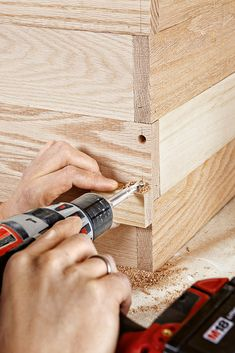 Storage Jewelry Drill Pilot Holes - Join oak lumber with wood dowels to create a modern take on Shaker-style storage Diy Storage Trunk, Crate Storage, Storage Chest, Wooden Toy Chest, Wood Chest, Woodworking Workshop Plans, Custom Woodworking, Woodworking Projects, Wooden Crates