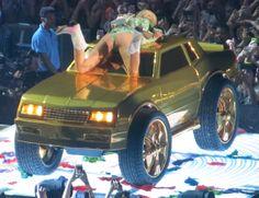 Miley Cyrus Wardrobe Malfunction