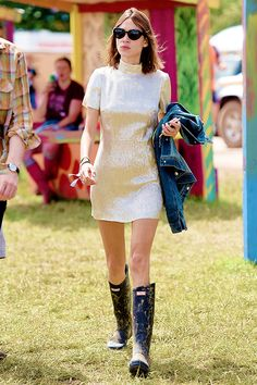 Alexa Chung attends the Glastonbury Festival at Worthy Farm, Pilton on June 27, 2015 in Glastonbury, England.