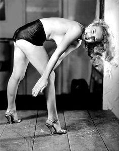 """Marilyn Monroe photographed by Earl Moran. """