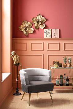 €229 | Sandwich Grey fauteuil, unieke en trendy fauteuil uit de meubel collectie van Kare Design. De eigenzinnige meubels van dit unieke woonmerk zijn echte blikvangers en geven karakter aan uw interieur! Afmeting: (hxbxd) 74x65x64 cm. Kare Design, Home Living, Living Room, Cosy Sofa, Furniture Cleaner, Entry Way Design, Velvet Armchair, Sit Back And Relax, Simple Pleasures