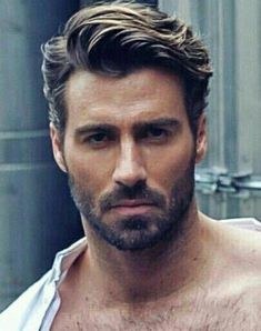 99 Fantastic Men Hairstyles Ideas You Must Try – Men's Hairstyles and Beard Models Hot Hair Styles, Hair And Beard Styles, Curly Hair Styles, Mens Hair With Beard, Mens Hair Part, Hair For Men, Facial Hair Styles, Men Beard, Medium Hair Cuts