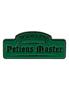 Are you a Potions Master? If you follow in the footsteps of great witches and wizards like Severus Snape and Horace Slughorn, and seek to share your knowledge with the students of Hogwarts School of Wizardry, then this green enamel badge is a necessity! The ultimate accessory for all Harry Potter fans, particularly those who can whip up an impressive Polyjuice Potion! Official merchandise.