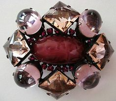 Gorgeous Schreiner Pretty in Pink Brooch: Removed Jewelry Art, Antique Jewelry, Vintage Jewelry, Jewelry Accessories, Vintage Costume Jewelry, Vintage Costumes, Inexpensive Jewelry, Unusual Jewelry, Beaded Jewelry Patterns