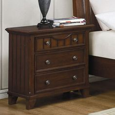 Woodhaven Hill Alyssa 3 Drawer Bachelor's Chest Finish: Warm Cherry