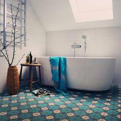 woonhome-portugese-gekleurde-tegels-vrolijk-spaans.jpg 650×650 pixels