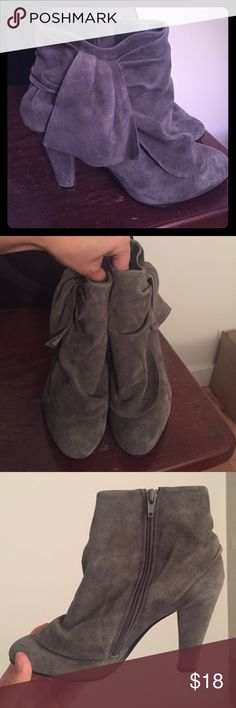 Aldo gray suede booties Gorgeous gray suede ankle boots, good used condition, some wear at base of heels as shown in last pic Aldo Shoes Ankle Boots & Booties
