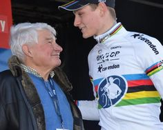 Mathieu Van Der Poel, le Néerlandais vainqueur en élite, et son grand-père, un certain Raymond Poulidor.