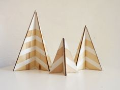 DIY Plywood Christmas Tree (The Merrythought) | Plywood, Christmas ...