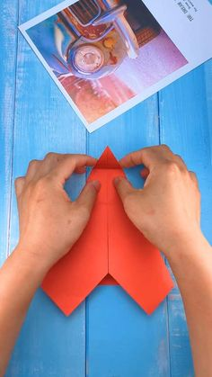 Paper Mache Crafts, Paper Crafts Origami, Paper Crafts For Kids, Diy For Kids, Diy Crafts Hacks, Diy Home Crafts, Diy Arts And Crafts, Creative Crafts, Diy Pour Enfants