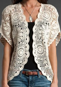 Here you see a hard-won victory. It is my latest sweater refashion inspired by the picture you see right below it. It is not exactly the same, but I think I came pretty close. Pull Crochet, Gilet Crochet, Crochet Jacket, Crochet Cardigan, Love Crochet, Beautiful Crochet, Knit Crochet, Crochet Sweaters, Crochet Vests