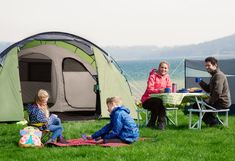 Parents sitting at camping table whilst kids play outside of their tent. Camping Table, Camping Meals, Tent Camping, Pink Tool Box, Beauty Blender Dupe, Single Mom Tips, Family Tent, Funny Mom Quotes, Bank Holiday Weekend