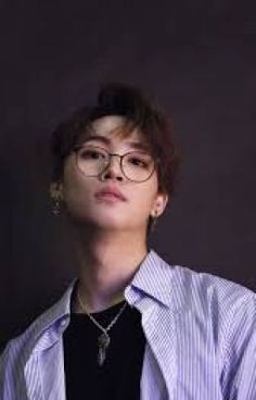 #wattpad #fiksi-penggemar what are you looking at? Look here, I'm right in front of you. Do not look at the other. 'Cause i'm here. -IJB Indo!